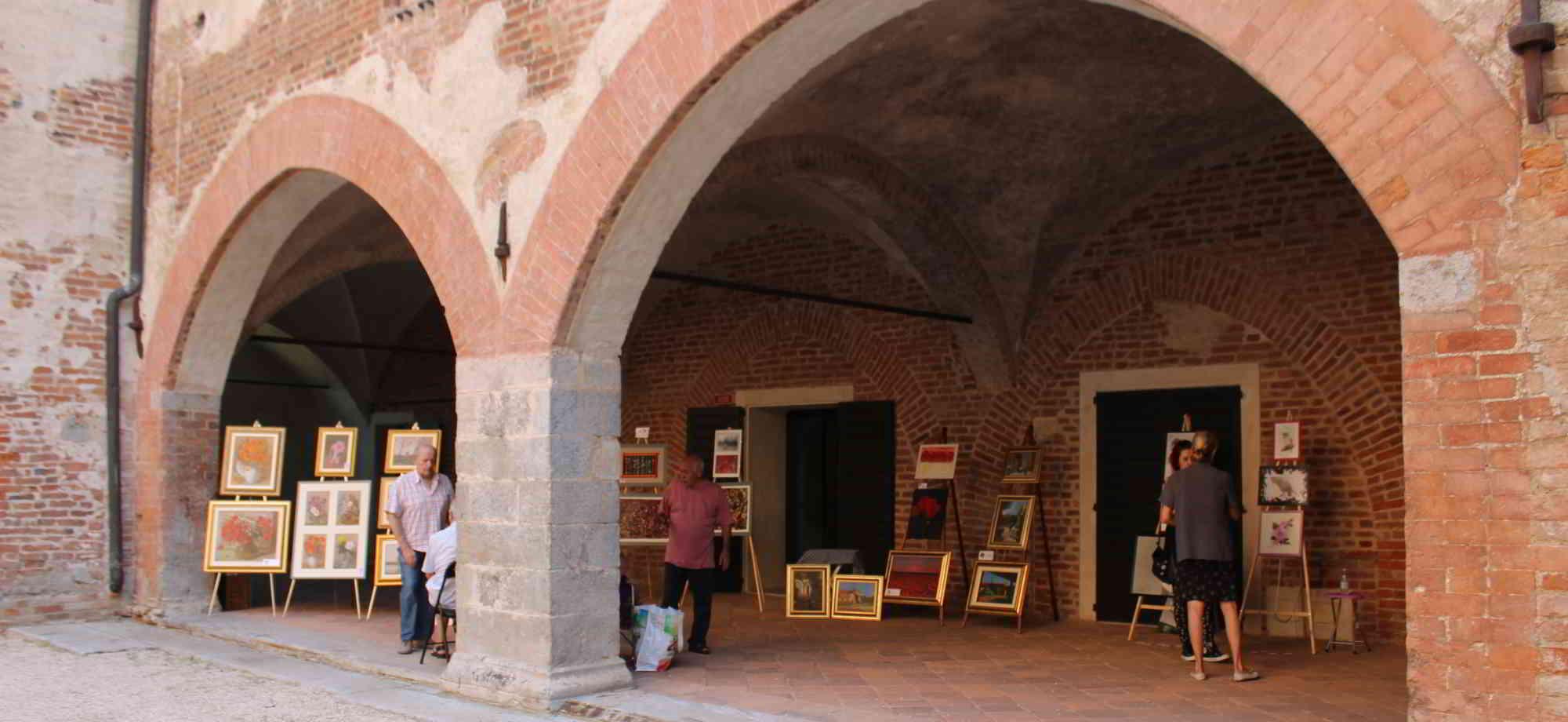 Castello di Lardirago